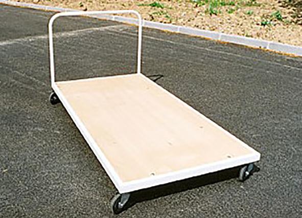 chariot-range-tapis